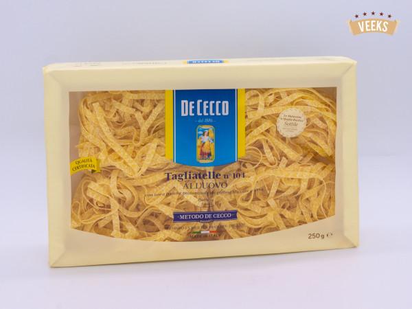 Tagiatelle/ De Cecco/ Noodles